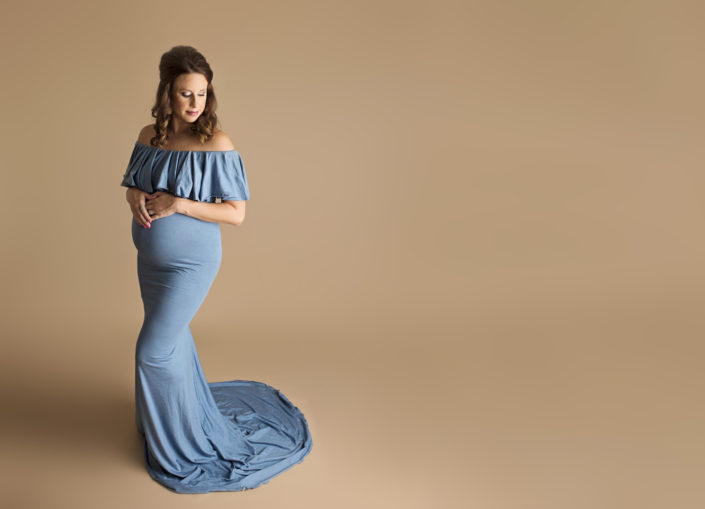 Studio Pregnancy Images